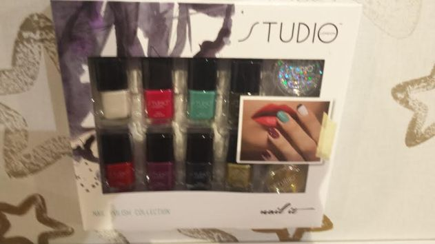 140910 Studio Nail Set