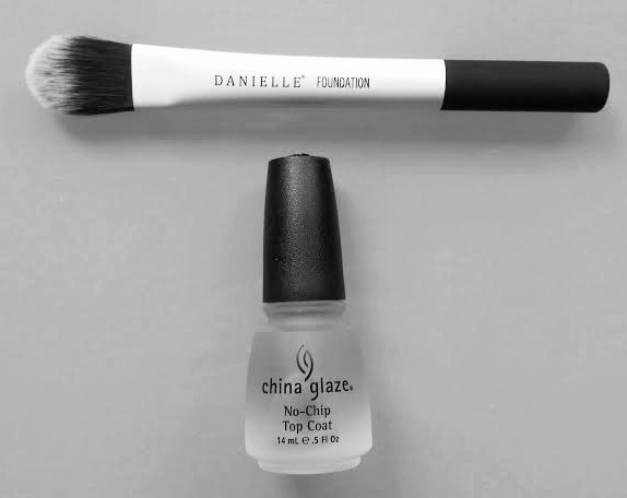 Danielle brush & China Glaze Top Coat