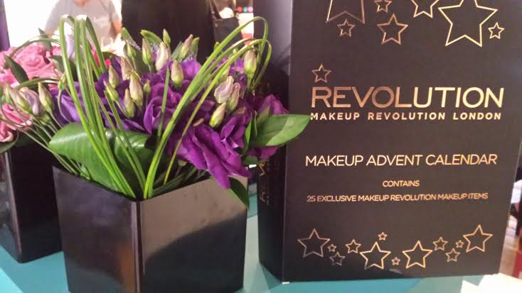 Makeup Revolution Advent Calendar2