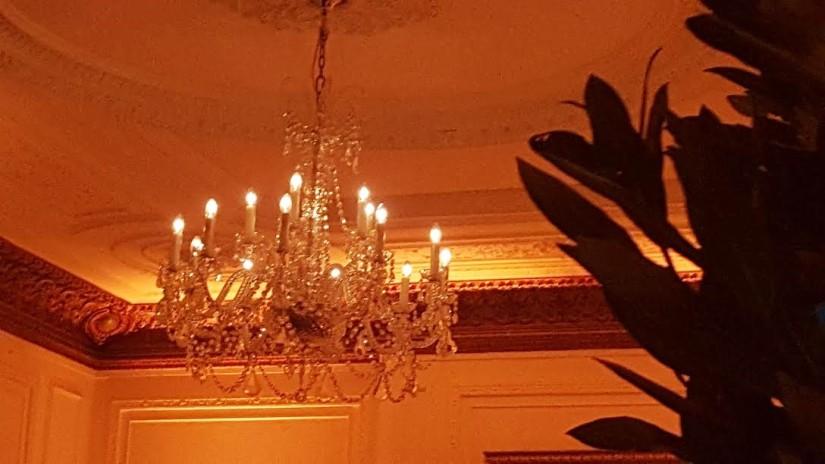 chandelier 1 belgravia.jpg