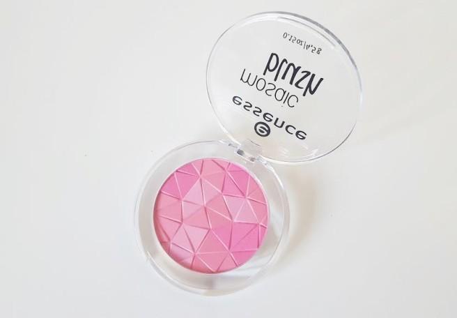 161212-essence-blush2