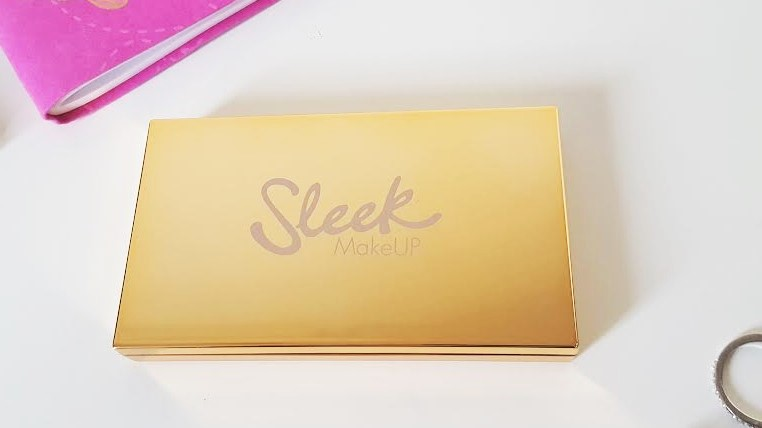Sleek Highlighting Palette Solstice Closed