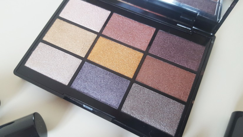 GOSH 9 Shades Eye Shadow Palette