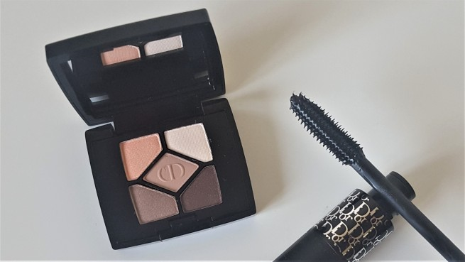 Dior mini eye shadow palette